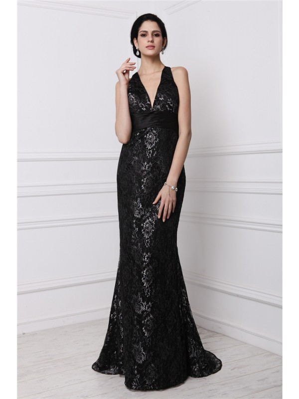 Sheath V-neck Brush Train Black Prom Dresses with Lace