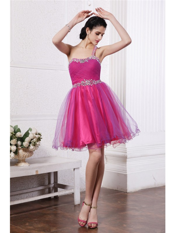 A-Line Organza One-Shoulder Short/Mini Homecoming Dresses with Beading