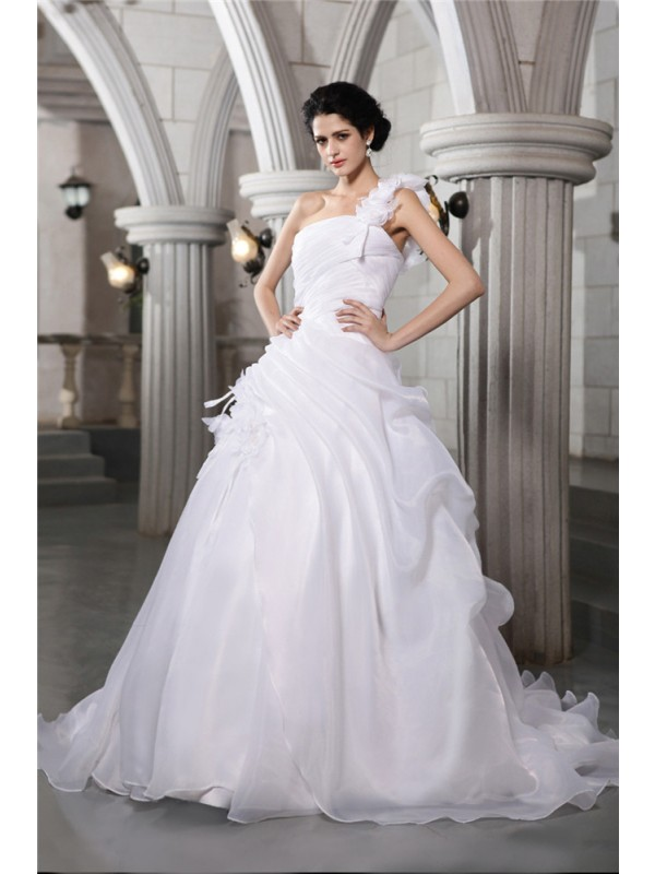 Ball Gown Organza One-Shoulder Chapel Train White Wedding Dresses