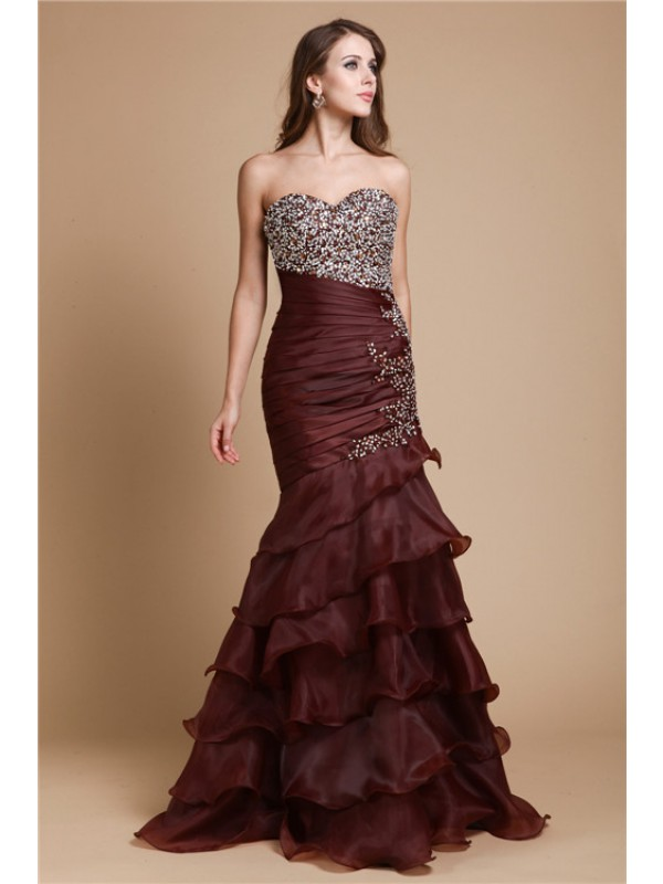 Sweetheart Floor-Length Chocolate Prom Dresses with Beading