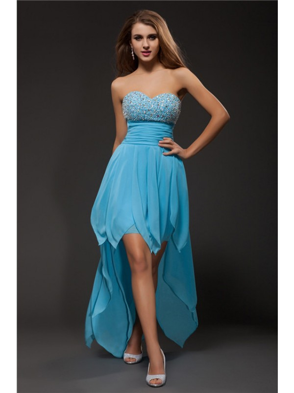 Asymmetrical Light Sky Blue Sweetheart Homecoming Dresses with Beading