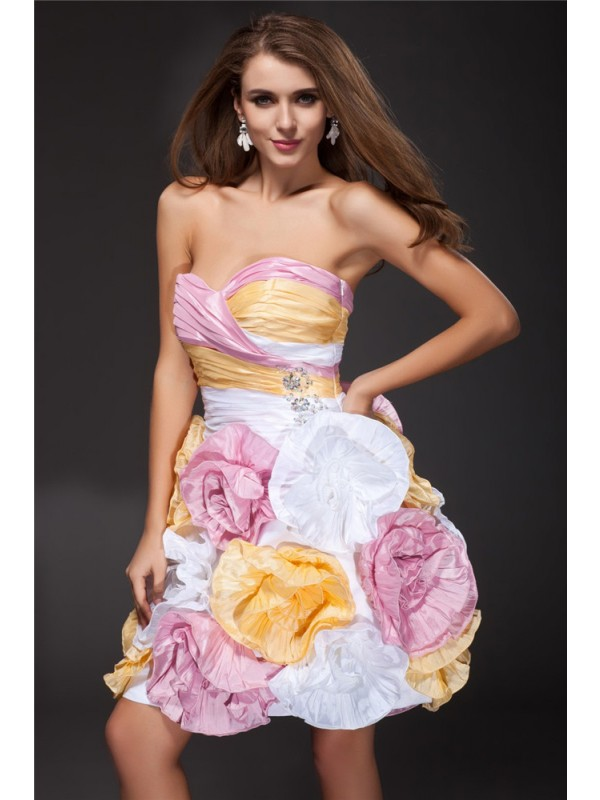 Sweetheart Short/Mini Multi Colors Homecoming Dresses with Ruffles