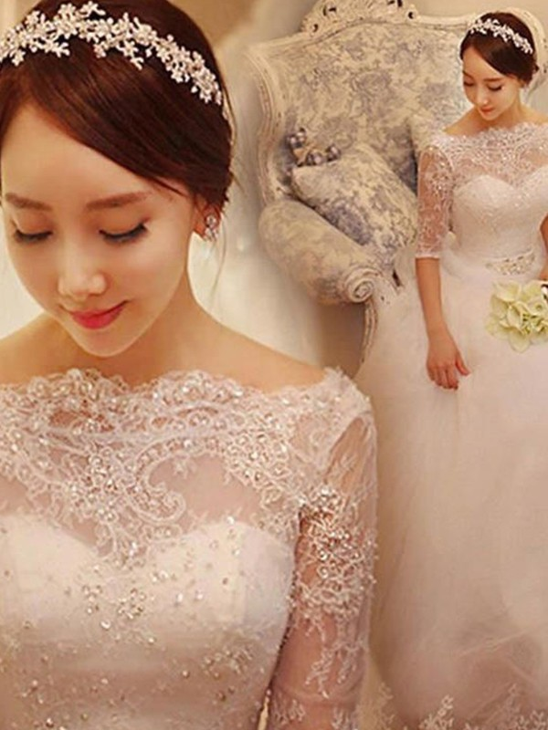 Mermaid 3/4 Sleeves V-neck Court Train White Wedding Dresses