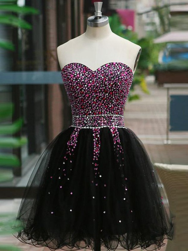 Short Sweetheart A-Line Tulle Black Homecoming Dresses