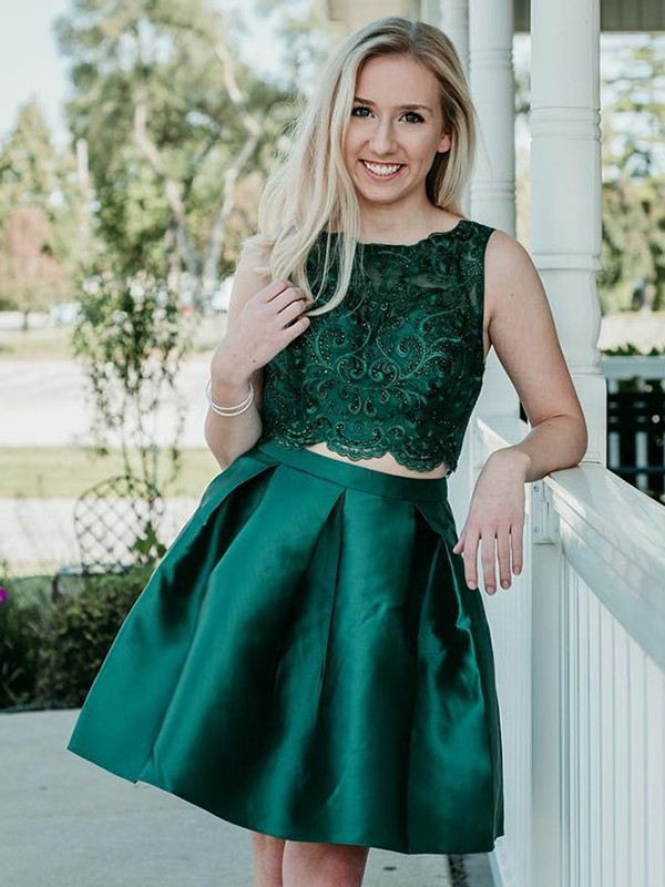 Knee-Length Scoop A-Line Satin Green Homecoming Dresses