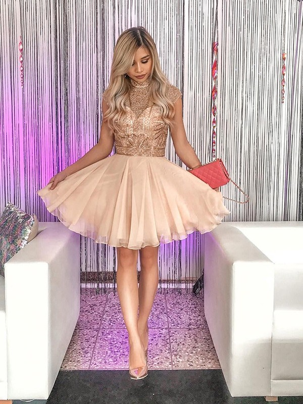 Champagne Short Chiffon Homecoming Dresses