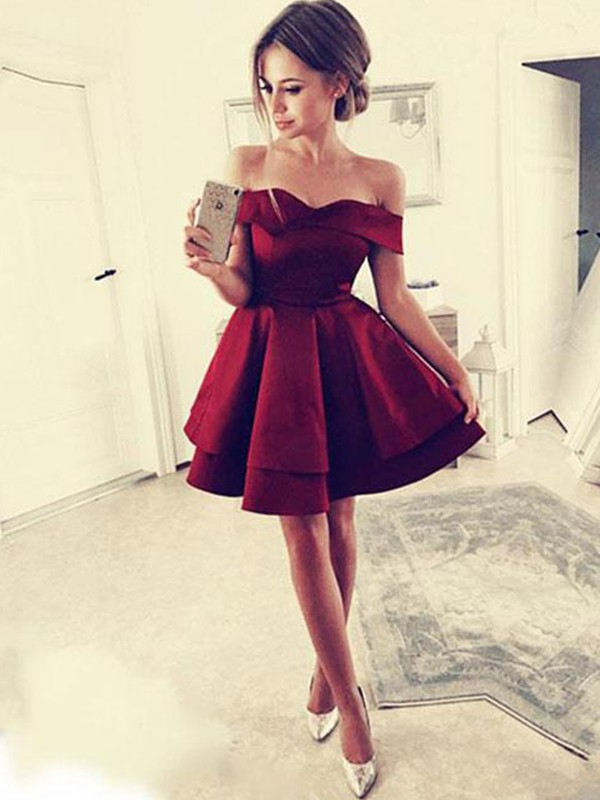 Burgundy Short Satin Homecoming Dresses