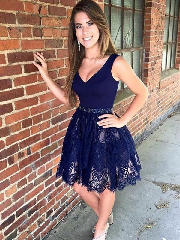 Dark Navy Short Lace Homecoming Dresses