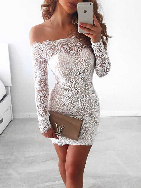 White Short Lace Long Sleeves Homecoming Dresses