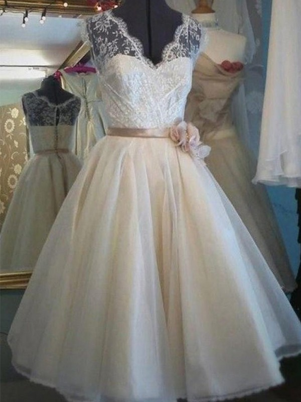 A-Line V-neck Lace Ivory Tulle Wedding Dresses