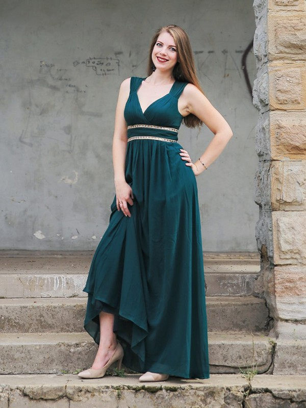 Empire Dark Green Beading Floor-Length Chiffon Prom Dresses