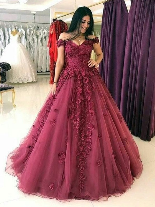 39088e57492 Ball Gown Off-the-Shoulder Long Burgundy Tulle Prom Dresses ...