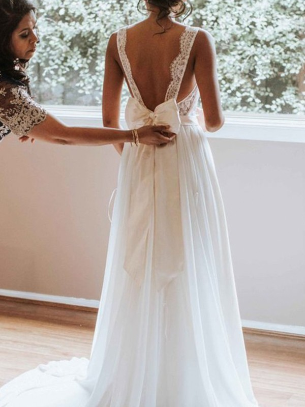 A-Line V-neck Brush Train Lace Chiffon Wedding Dresses