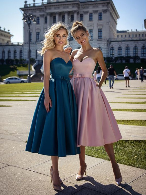 A-Line Satin Bowknot Sweetheart Blue Sleeveless Tea-Length Homecoming Dresses