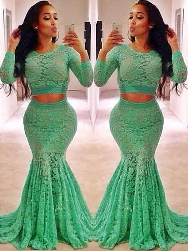 Long Sleeves Scoop Brush Train Green Prom Dresses with Ruffles