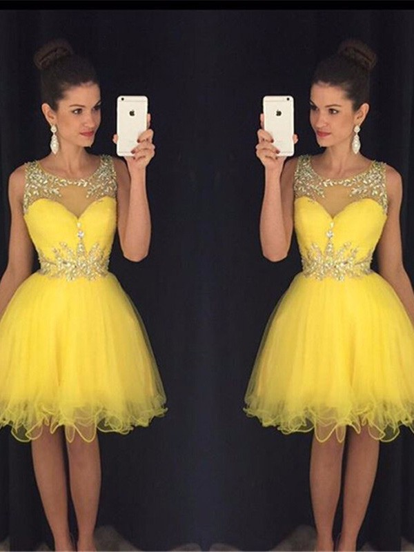 A-Line Tulle Scoop Short/Mini Yellow Homecoming Dresses