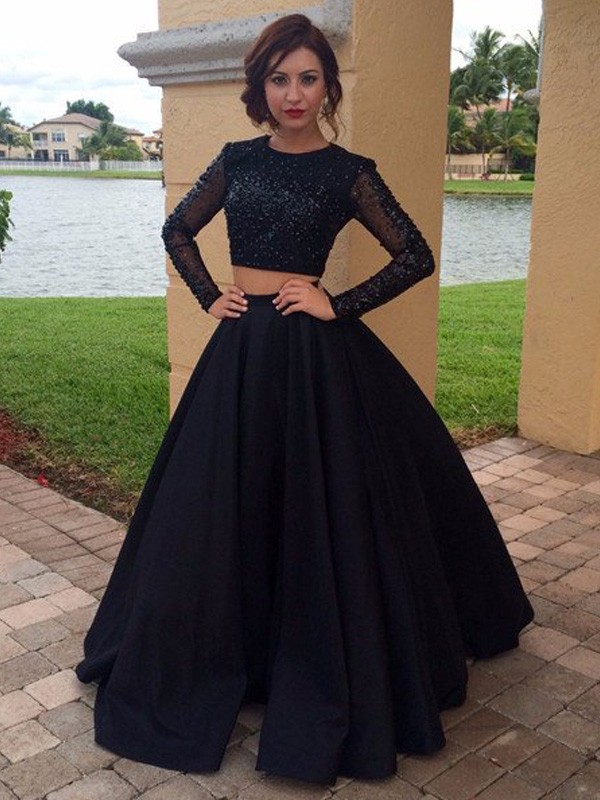 Long Sleeves Ball Gown Scoop Floor-Length Black Prom Dresses