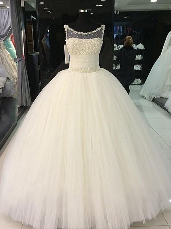 Ball Gown Scoop Floor-Length Ivory Wedding Dresses with Beading