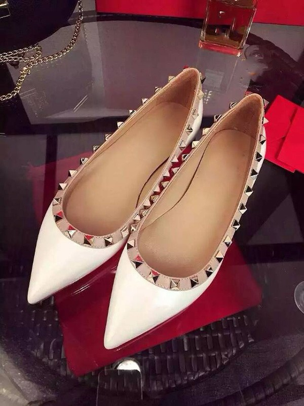 White Flat Heel Sheepskin Closed Toe With Rivet Party Casual Flat Shoes